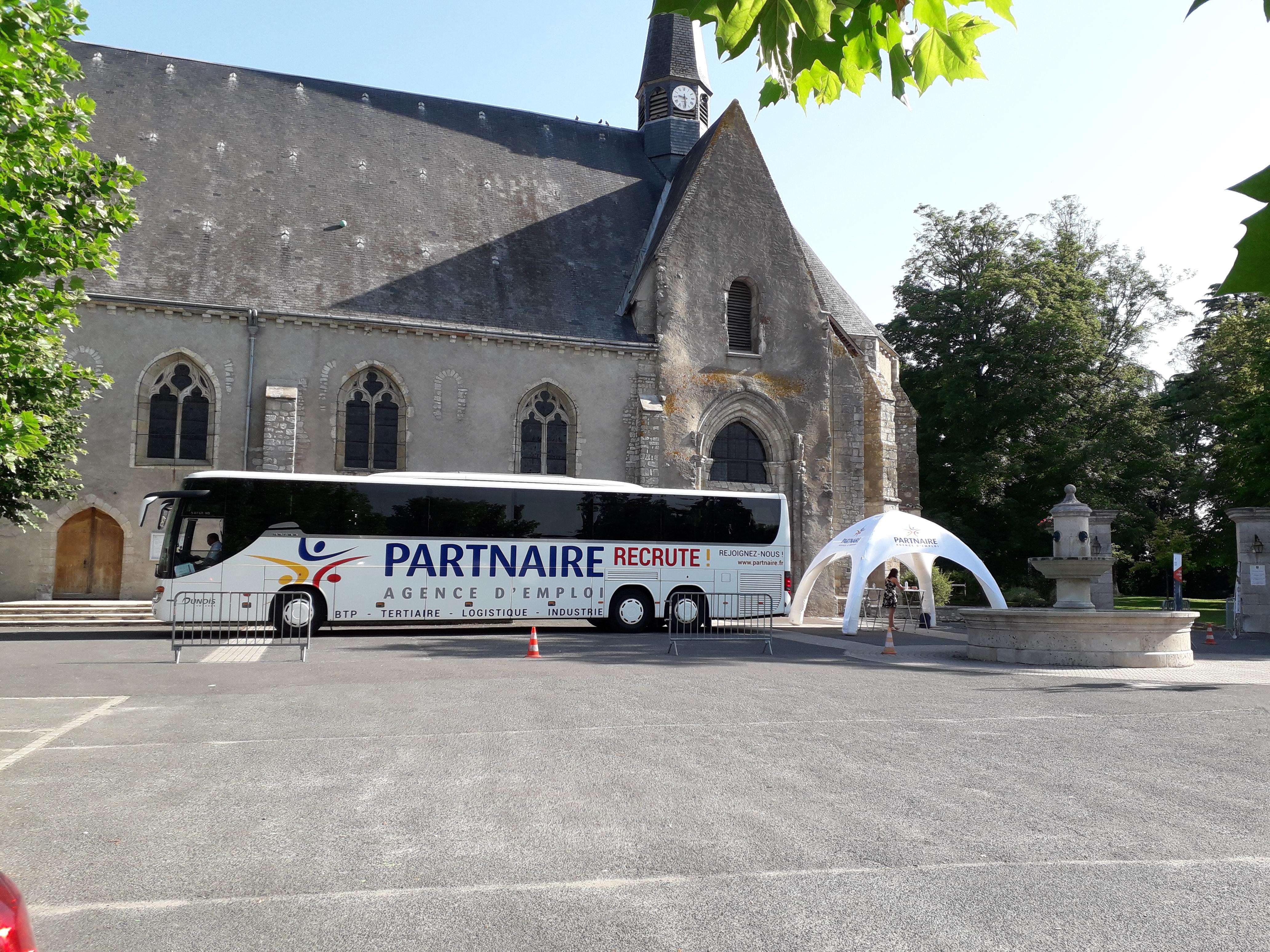 bus-emploi-partnaire