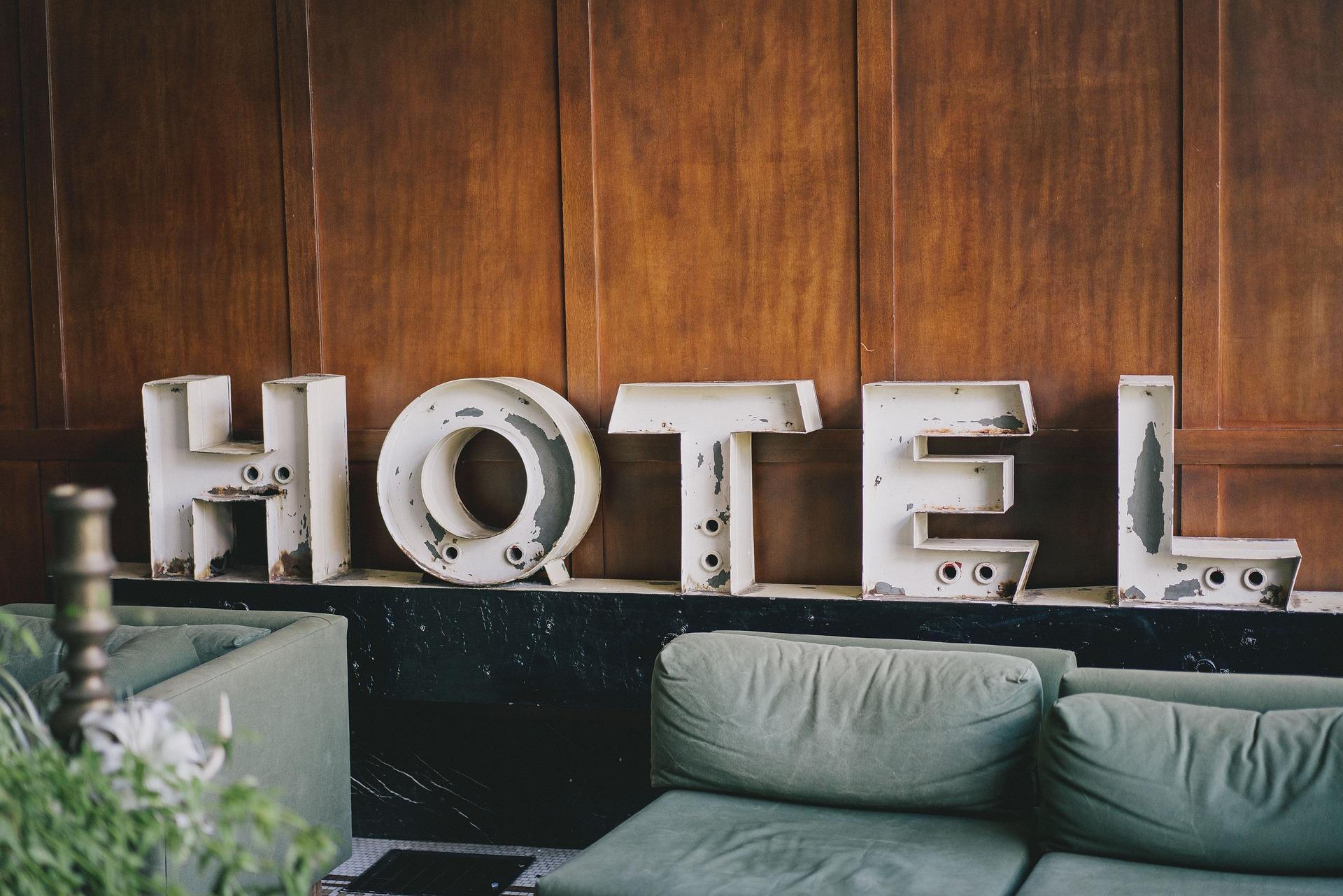 métier-concierge-hôtel-tertiaire