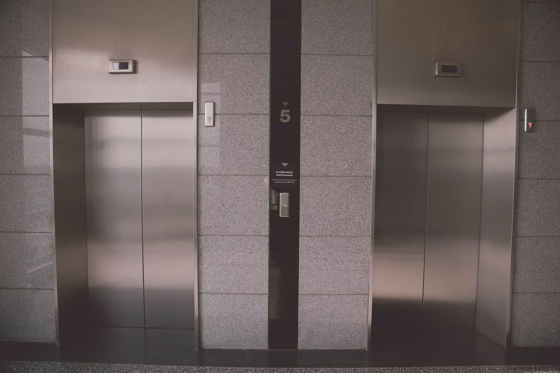 métier-ascensoriste-intérim